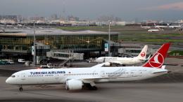 航空フォト:TC-LLB ターキッシュ・エアラインズ 787-9