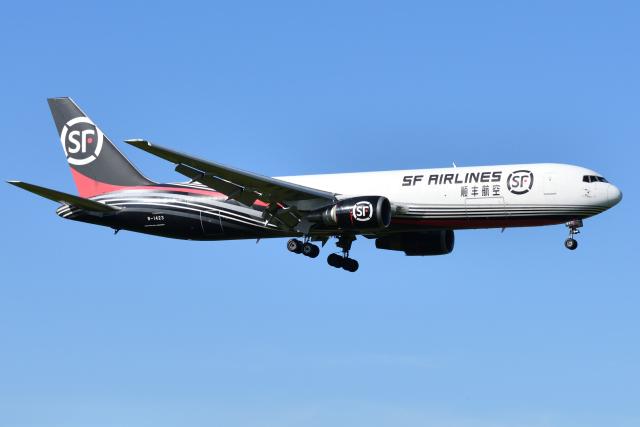 航空フォト:B-1423 SF エアラインズ 767-300