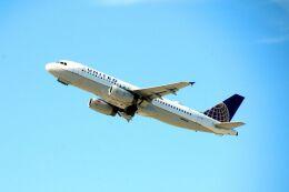 まいけるさんが、ロサンゼルス国際空港で撮影したユナイテッド航空 A320-232の航空フォト(飛行機 写真・画像)