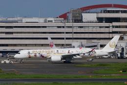 飛行機ゆうちゃんさんが、羽田空港で撮影した日本航空 A350-941の航空フォト(飛行機 写真・画像)