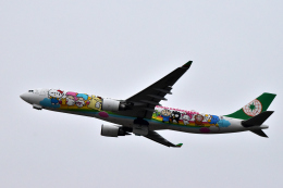 Take51さんが、新千歳空港で撮影したエバー航空 A330-302Xの航空フォト(飛行機 写真・画像)