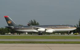 hs-tgjさんが、ドンムアン空港で撮影したロイヤル・ヨルダン航空 A340-200の航空フォト(飛行機 写真・画像)