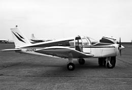 Y.Todaさんが、羽田空港で撮影した日本個人所有 PA-28-140 Cherokee 140-4の航空フォト(飛行機 写真・画像)