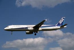 JAパイロットさんが、名古屋飛行場で撮影した全日空 A321-131の航空フォト(飛行機 写真・画像)