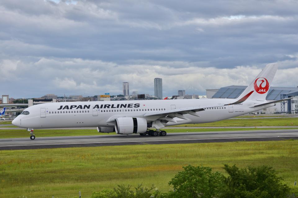 monjiro22001さんの日本航空 Airbus A350-900 (JA09XJ) 航空フォト