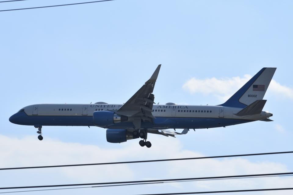 PIRORINGさんのアメリカ空軍 Boeing C-32 (98-0002) 航空フォト