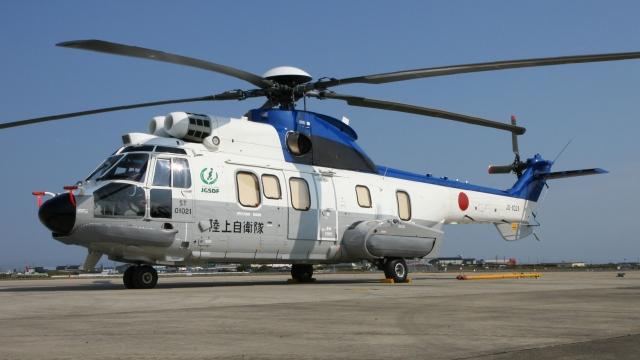 航空見聞録さんが、明野駐屯地で撮影した陸上自衛隊 EC225LP Super Puma Mk2+の航空フォト(飛行機 写真・画像)