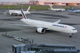 しゃこ隊さんが、羽田空港で撮影したエールフランス航空 777-328/ERの航空フォト(飛行機 写真・画像)