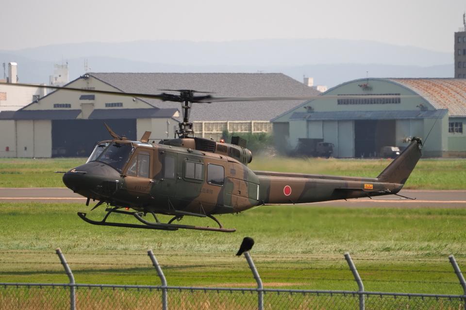 ここはどこ?さんの陸上自衛隊 Fuji UH-1J (41810) 航空フォト