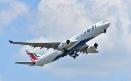 kotaちゃんさんが、成田国際空港で撮影したスリランカ航空 A330-343Eの航空フォト(飛行機 写真・画像)