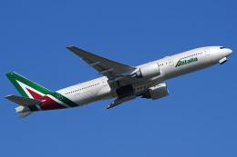 Tatsuya.Kさんが、成田国際空港で撮影したアリタリア航空 777-243/ERの航空フォト(飛行機 写真・画像)