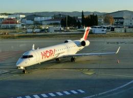 TA27さんが、マルセイユ・プロバンス空港で撮影したエールフランス・オップ! CL-600-2C10(CRJ-701)の航空フォト(飛行機 写真・画像)