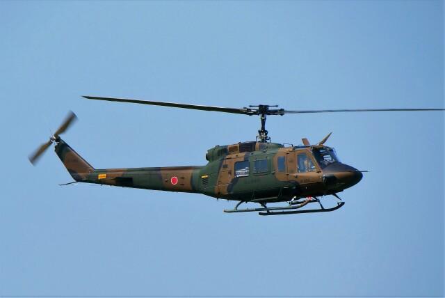 hidetsuguさんが、札幌飛行場で撮影した陸上自衛隊 UH-1Jの航空フォト(飛行機 写真・画像)