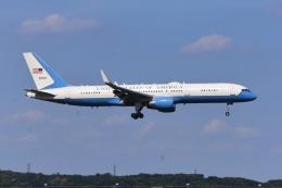 あおいそらさんが、横田基地で撮影したアメリカ空軍 C-32A (757-2G4)の航空フォト(飛行機 写真・画像)