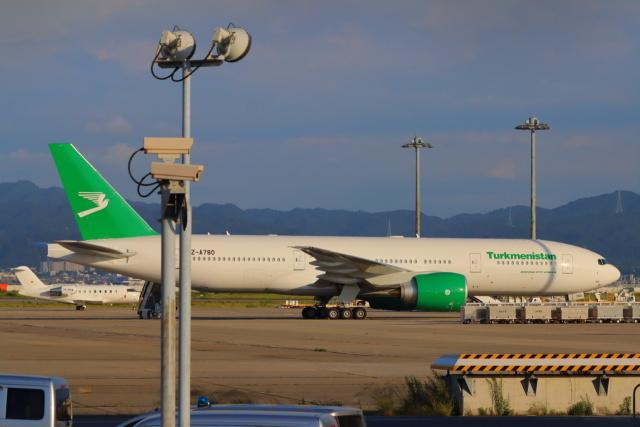 た~きゅんさんが、関西国際空港で撮影したトルクメニスタン航空 777-200/LRの航空フォト(飛行機 写真・画像)