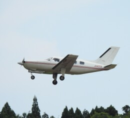 musaeru25cさんが、能登空港で撮影した日本法人所有 PA-46-310P Malibuの航空フォト(飛行機 写真・画像)