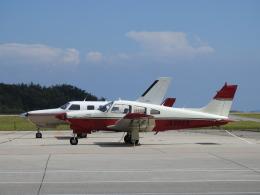 musaeru25cさんが、能登空港で撮影した日本個人所有 PA-28R-201T Turbo Arrowの航空フォト(飛行機 写真・画像)