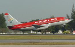 hs-tgjさんが、ドンムアン空港で撮影したプーケット航空 737-2B7/Advの航空フォト(飛行機 写真・画像)