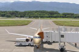 KKiSMさんが、松本空港で撮影したフジドリームエアラインズ ERJ-170-200 (ERJ-175STD)の航空フォト(飛行機 写真・画像)