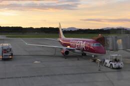 KKiSMさんが、熊本空港で撮影したフジドリームエアラインズ ERJ-170-200 (ERJ-175STD)の航空フォト(飛行機 写真・画像)