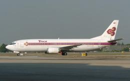 hs-tgjさんが、ドンムアン空港で撮影したタイ国際航空 737-4D7の航空フォト(飛行機 写真・画像)