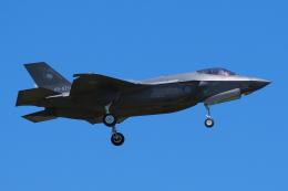 あずち88さんが、小松空港で撮影した航空自衛隊 F-35A Lightning IIの航空フォト(飛行機 写真・画像)