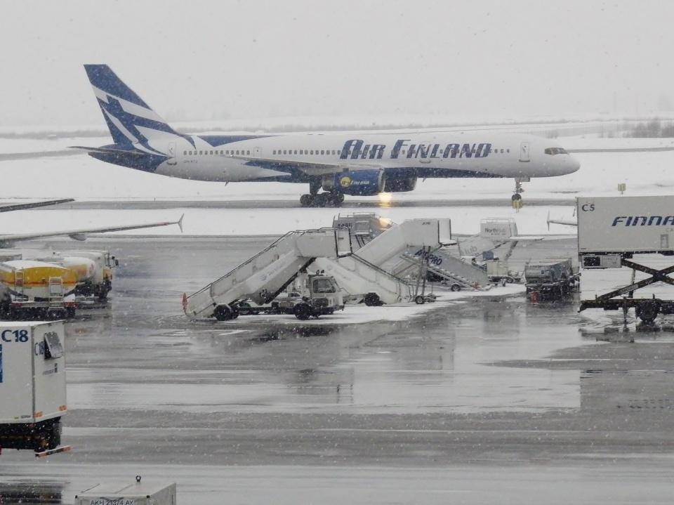 TA27さんのエア・フィンランド Boeing 757-200 (OH-AFJ) 航空フォト