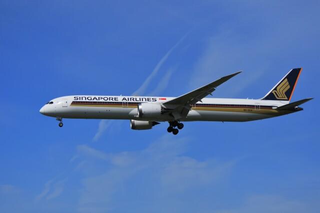 HRA airさんが、福岡空港で撮影したシンガポール航空 787-10の航空フォト(飛行機 写真・画像)