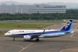 にしやんさんが、新千歳空港で撮影した全日空 A320-271Nの航空フォト(飛行機 写真・画像)