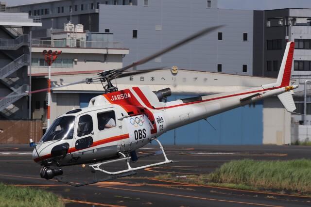 KAZFLYERさんが、東京ヘリポートで撮影した朝日航洋 AS350B3 Ecureuilの航空フォト(飛行機 写真・画像)
