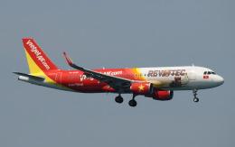 hs-tgjさんが、プーケット国際空港で撮影したベトジェットエア A320-214の航空フォト(飛行機 写真・画像)