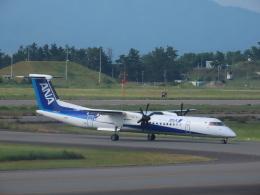 エアキンさんが、小松空港で撮影したANAウイングス DHC-8-402Q Dash 8の航空フォト(飛行機 写真・画像)