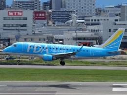 FT51ANさんが、福岡空港で撮影したフジドリームエアラインズ ERJ-170-100 (ERJ-170STD)の航空フォト(飛行機 写真・画像)