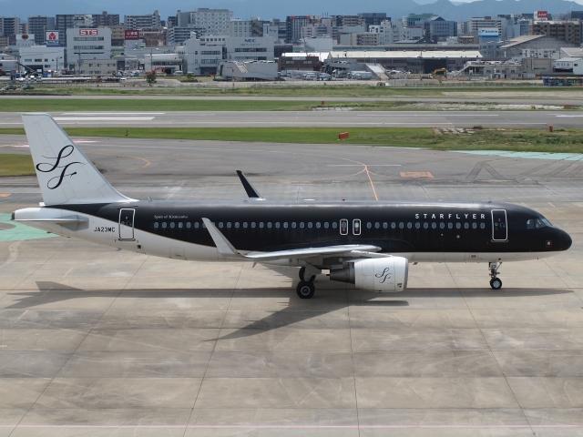 FT51ANさんが、福岡空港で撮影したスターフライヤー A320-214の航空フォト(飛行機 写真・画像)