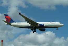 どらネコ★きんぐさんが、成田国際空港で撮影したデルタ航空 A330-223の航空フォト(飛行機 写真・画像)