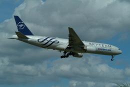 どらネコ★きんぐさんが、成田国際空港で撮影した大韓航空 777-2B5/ERの航空フォト(飛行機 写真・画像)