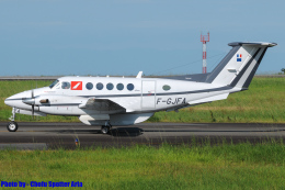 Chofu Spotter Ariaさんが、静岡空港で撮影したフランス企業所有 B200 Super King Airの航空フォト(飛行機 写真・画像)