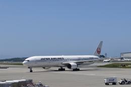 Take51さんが、那覇空港で撮影した日本航空 777-346の航空フォト(飛行機 写真・画像)