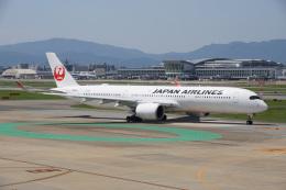 神宮寺ももさんが、福岡空港で撮影した日本航空 A350-941の航空フォト(飛行機 写真・画像)