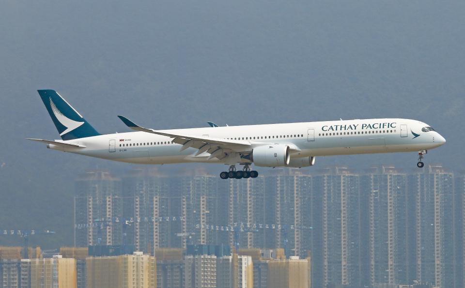 Asamaさんのキャセイパシフィック航空 Airbus A350-1000 (B-LXN) 航空フォト