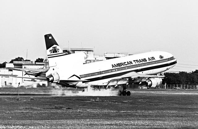 A-330さんが、横田基地で撮影したアメリカン・トランス航空 L-1011 TriStarの航空フォト(飛行機 写真・画像)
