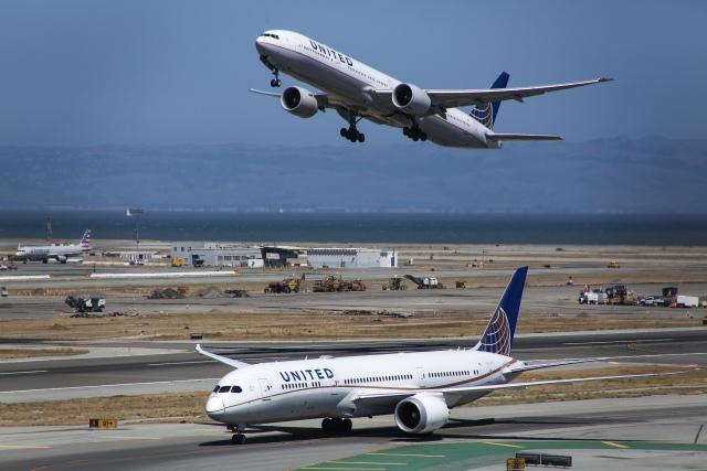 kaltさんが、サンフランシスコ国際空港で撮影したユナイテッド航空 777-322/ERの航空フォト(飛行機 写真・画像)
