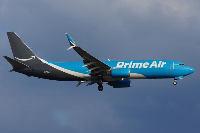 zettaishinさんが、ブラッドレー国際空港で撮影したアマゾン・エア 737-86N(BCF)の航空フォト(飛行機 写真・画像)