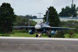 rangeroverさんが、茨城空港で撮影した航空自衛隊 F-2Bの航空フォト(飛行機 写真・画像)