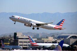 まいけるさんが、ロサンゼルス国際空港で撮影したアメリカン航空 A321-231の航空フォト(飛行機 写真・画像)