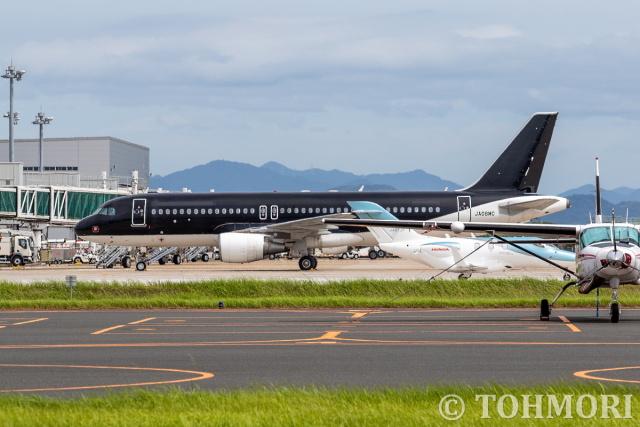 遠森一郎さんが、北九州空港で撮影したスターフライヤー A320-214の航空フォト(飛行機 写真・画像)