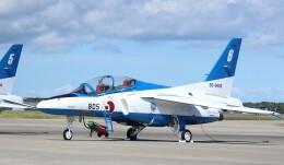 こびとさんさんが、三沢飛行場で撮影した航空自衛隊 T-4の航空フォト(飛行機 写真・画像)