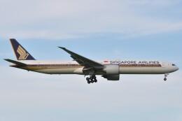 fly A340さんが、成田国際空港で撮影したシンガポール航空 777-312/ERの航空フォト(飛行機 写真・画像)