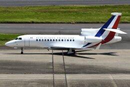 Yashiさんが、羽田空港で撮影したフランス空軍 Falcon 7Xの航空フォト(飛行機 写真・画像)