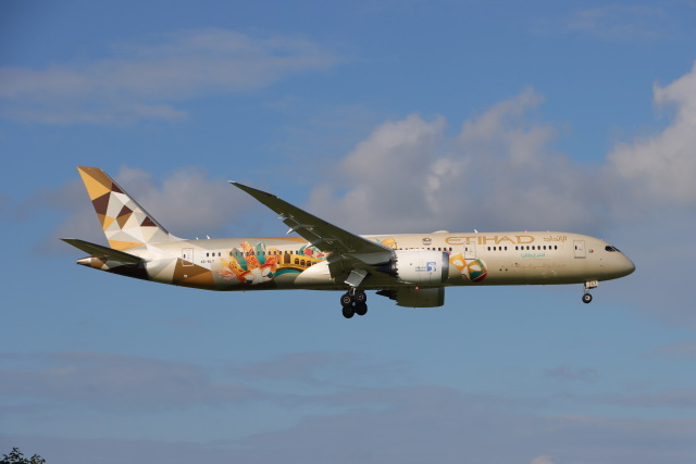 マーサさんが、成田国際空港で撮影したエティハド航空 787-9の航空フォト(飛行機 写真・画像)